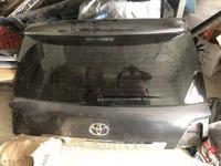 Крышка багажника Toyota Land Cruiser 200 за 7 777 тг. в Костанай