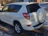 Toyota RAV 4 2012 года за 8 000 000 тг. в Усть-Каменогорск – фото 4