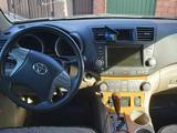 Toyota Highlander 2008 года за 7 200 000 тг. в Атырау – фото 5