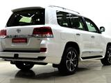 Toyota Land Cruiser 2021 года за 41 000 000 тг. в Шымкент – фото 2