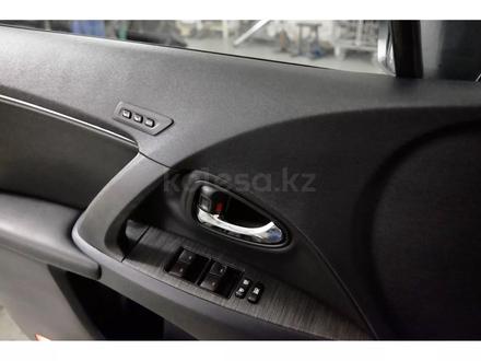 Toyota Avensis 2011 года за 6 000 000 тг. в Семей – фото 11