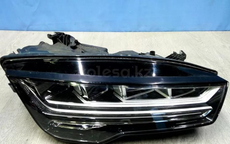 Фара правая Audi A7 1 4G7 (2010-нв) за 322 000 тг. в Алматы