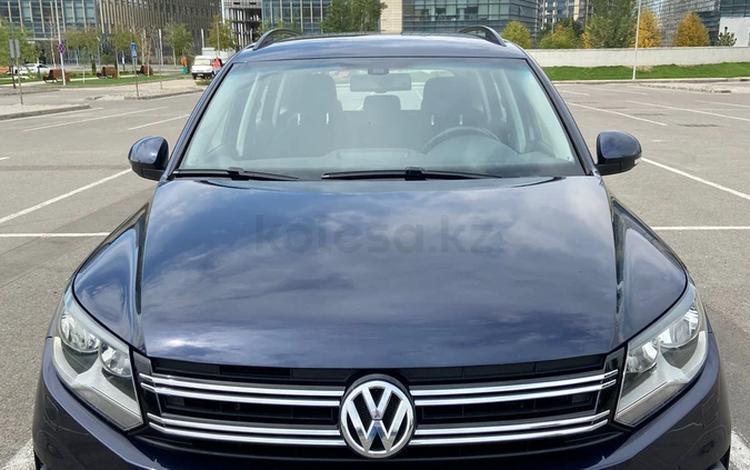 Volkswagen Tiguan 2015 года за 6 900 000 тг. в Алматы