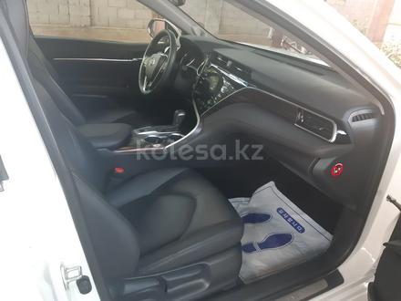 Toyota Camry 2019 года за 15 000 000 тг. в Шымкент – фото 12