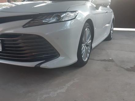 Toyota Camry 2019 года за 15 000 000 тг. в Шымкент – фото 17