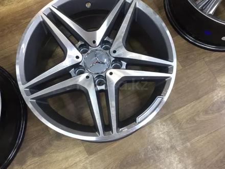 Комплект новых дисков r16 5*112 Mercedes за 110 000 тг. в Актау