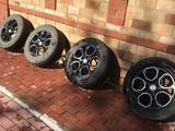 Зимнюю резину с дисками Pirelli, размер 16 за 90 000 тг. в Нур-Султан (Астана)