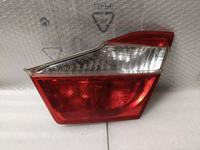Задний левый фонарь в крышку багажника на Toyota Camry XV50 за 15 000 тг. в Алматы