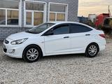 Hyundai Accent 2014 года за 2 780 000 тг. в Петропавловск – фото 2