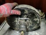 Тормозной вакуум с главным цилиндром mitsubishi chariot grandis за 10 000 тг. в Алматы – фото 2