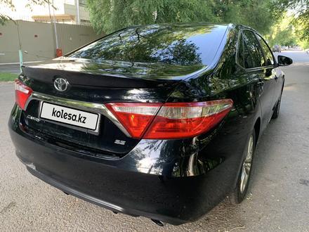 Toyota Camry 2015 года за 6 200 000 тг. в Алматы – фото 21