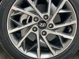 Hyundai Elantra 2019 года за 9 490 000 тг. в Шымкент – фото 5