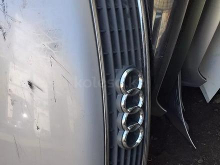 Капот передний на Audi a4 в Алматы – фото 3