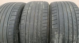 Шины Dunlop. за 110 000 тг. в Алматы
