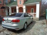 Volkswagen Jetta 2014 года за 4 100 000 тг. в Алматы – фото 3