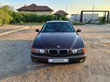 BMW 528 1998 года за 3 550 000 тг. в Караганда – фото 2