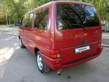 Volkswagen Caravelle 1995 года за 2 500 000 тг. в Караганда – фото 4