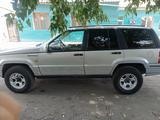 Jeep Grand Cherokee 1995 года за 2 500 000 тг. в Семей – фото 5