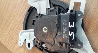 Моторчик заслонки печки сервопривод печки Toyota Camry 35 083700-7831 за 10 000 тг. в Семей