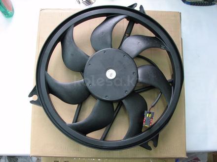 Вентилятор охлаждения на Peugeot 206 за 18 000 тг. в Алматы
