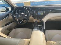 Toyota Camry 2018 года за 14 900 000 тг. в Актау