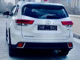 Toyota Highlander 2018 года за 22 700 000 тг. в Нур-Султан (Астана) – фото 4