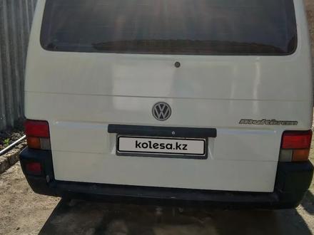 Volkswagen Caravelle 1995 года за 2 500 000 тг. в Нур-Султан (Астана) – фото 2