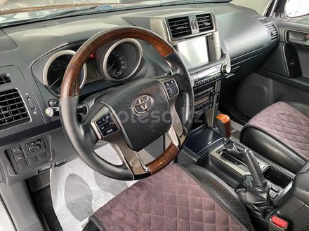 Toyota Land Cruiser Prado 2012 года за 13 000 000 тг. в Шымкент – фото 10
