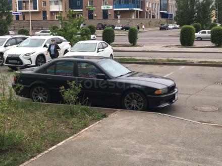BMW 750 1999 года за 3 000 000 тг. в Нур-Султан (Астана)