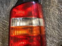 Задний фонарь на Фольксваген Транспортер т5 за 25 000 тг. в Алматы