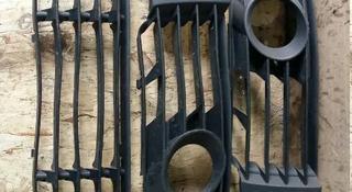 Решетки в бампер пассат б5 за 10 000 тг. в Караганда