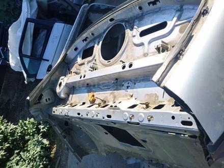 Заднее правое крыло Mercedes w220 за 40 000 тг. в Алматы – фото 4