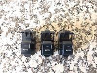Кнопки стеклоподъёмника на камри 45 оригинал за 4 500 тг. в Тараз