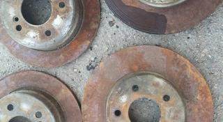 Тормозные диски w202 C280 мерседес за 6 000 тг. в Балхаш