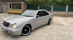 Mercedes-Benz E 320 2000 года за 4 100 000 тг. в Алматы – фото 2