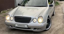 Mercedes-Benz E 320 2000 года за 4 100 000 тг. в Алматы – фото 4