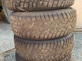 Шины в комплекте с дисками для Субару! за 260 000 тг. в Кокшетау