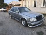 Mercedes-Benz E 230 1991 года за 1 100 000 тг. в Семей – фото 4