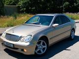Mercedes-Benz C 240 2001 года за 3 399 999 тг. в Алматы – фото 2