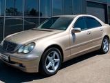 Mercedes-Benz C 240 2001 года за 3 399 999 тг. в Алматы