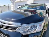 Toyota Camry 2017 года за 11 800 000 тг. в Актау – фото 4