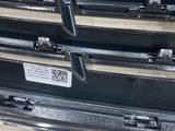 Решетка радиатора Mercedes W222 за 130 000 тг. в Алматы – фото 5