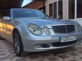 Mercedes-Benz E 240 2003 года за 3 500 000 тг. в Шымкент – фото 2