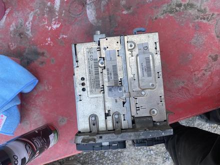 Comand 2.5 монитор w220 за 25 000 тг. в Шымкент – фото 2