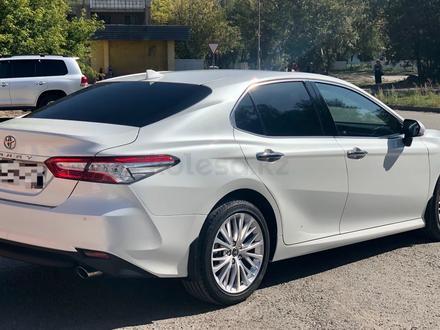 Toyota Camry 2019 года за 14 700 000 тг. в Караганда – фото 11