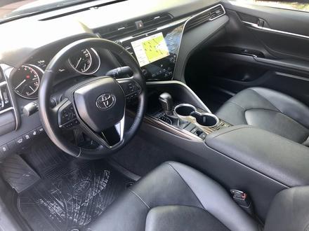 Toyota Camry 2019 года за 14 700 000 тг. в Караганда – фото 17