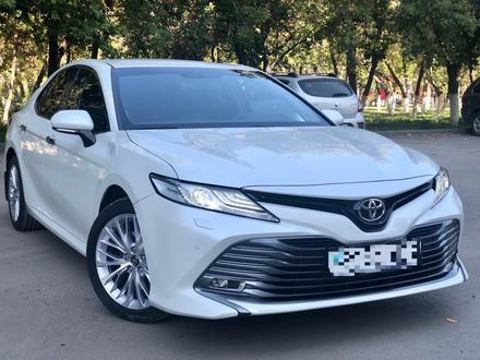 Toyota Camry 2019 года за 14 700 000 тг. в Караганда – фото 3