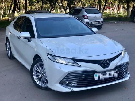 Toyota Camry 2019 года за 14 700 000 тг. в Караганда – фото 4