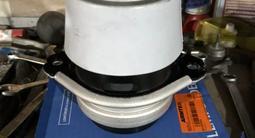 Подушка двигателя VW Touareg 03-09 за 45 000 тг. в Алматы