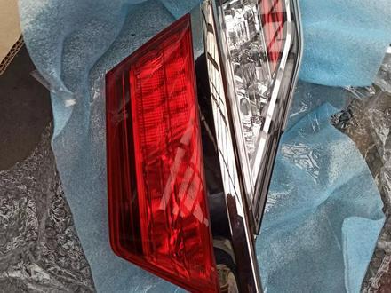 Оптику заднюю задние фонари на camry 55 оригинал за 60 000 тг. в Нур-Султан (Астана)